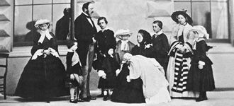 Queen Victoria and family - Wikimedia