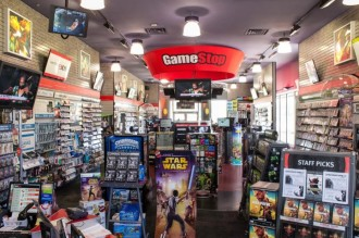 gamestop-inside-930x618